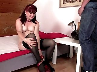 Gfs Mom Uses Faux-cock Then
