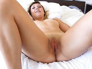 Rachelle Stuffs Her Slit With A Fuck Stick And Has A Electro-hitachi On Her Jewel