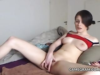 Lusty Dark Haired Taunt And Masturbate