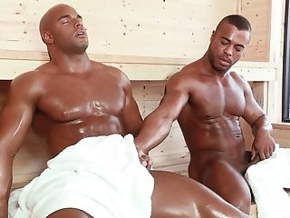 FREE GAY PORN VIDEOS SAUNA