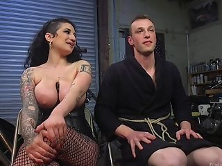 Arabelle Raphael Wants To Penalize Her Paramour With Fuck-fest Practice