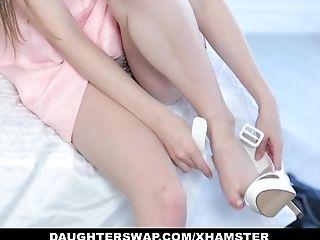 Daughterswap - Gothic Supersluts Fucked By Bffs Dad Pt.1