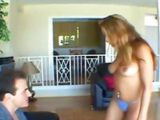 Good Looking Tianna Lynn Knows How To Rail A Stiff Dick Decently