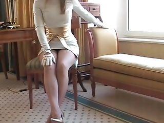 Women Wearing Milky Leather Gloves