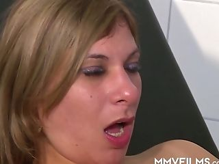 Trashy Looking Chick Gets Dual Penetrated By Gynecologist And Beau
