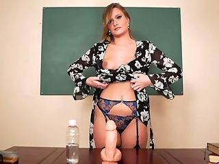 Having A Faux Beef Whistle Lusty Tall And Sexy Honour May Shows Off Wanking Abilities