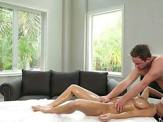 Fabulous Big Boobed Mummy Veronica Rayne Leaps On Massagist's Dick