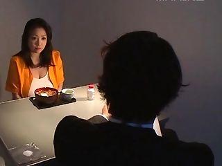 Komukai Minako Likes To Rail Two Dicks While Her Tits Bounce