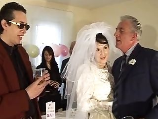 English Woman Fucked At Her Wedding
