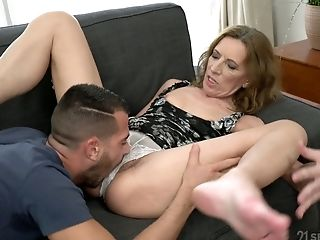Puckered Matures Whore Viol Gets Her Unshaved Cootchie Fucked Rear End Well