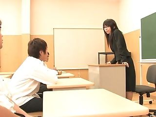 Horny Professor Maho Sawai Gets Her Oral Abilities Tested By Her Students