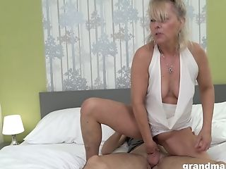 Blonde Matures Exotic Bi-atch Pegs A Teenage Dude And Gets Fucked