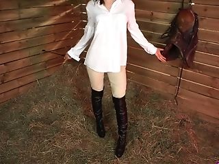 Country Chick April O Shows Her Muff And Hard Perky Puffies