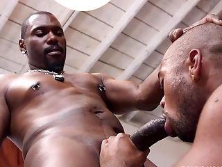 Black Dude Jade Phillips Fucks Homosexual Jack Hammer Like No One Before