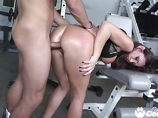 Horny Mummy Sky Taylor Banging Big Beef Whistle In The Gym Room