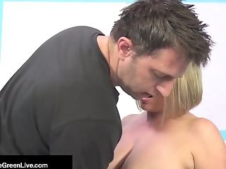 Curvy Cutie Maggie Green Gives Muddy Oral Pleasure To Mark Zane!