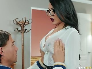 A Cravings Come True For Fabulous Dude After The Fuck With Lela Starlet