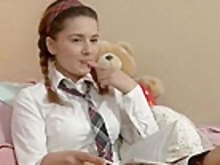 Sweet Russian Lara Fucktoys Fucks Culo