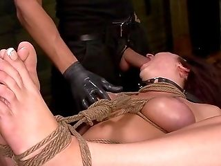 Throating Slavegirl Treated By Her Master With Inhumanity