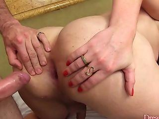 Tgirl Kananda Hickman Flipflop Threesome
