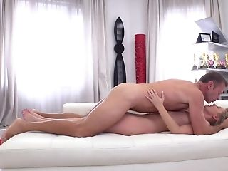 Dude With Big Pecker Is Fucking Cock-squeezing-bodied Blonde Chick