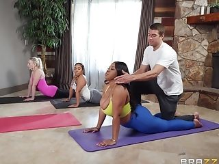 After Yoga Class Aryana Adin Pleases Her Friend's Prick On The Floor