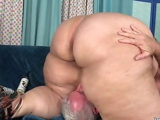 Yam-sized Butt Ssbbw Erin Green Gets Worshiped And Plunged By A Fetishist Grandfather