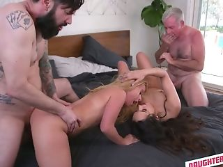 Never-to-be-forgotten Four-way Hookup With Two Fucky-fucky-appeal And Insatiable Stepdaughters